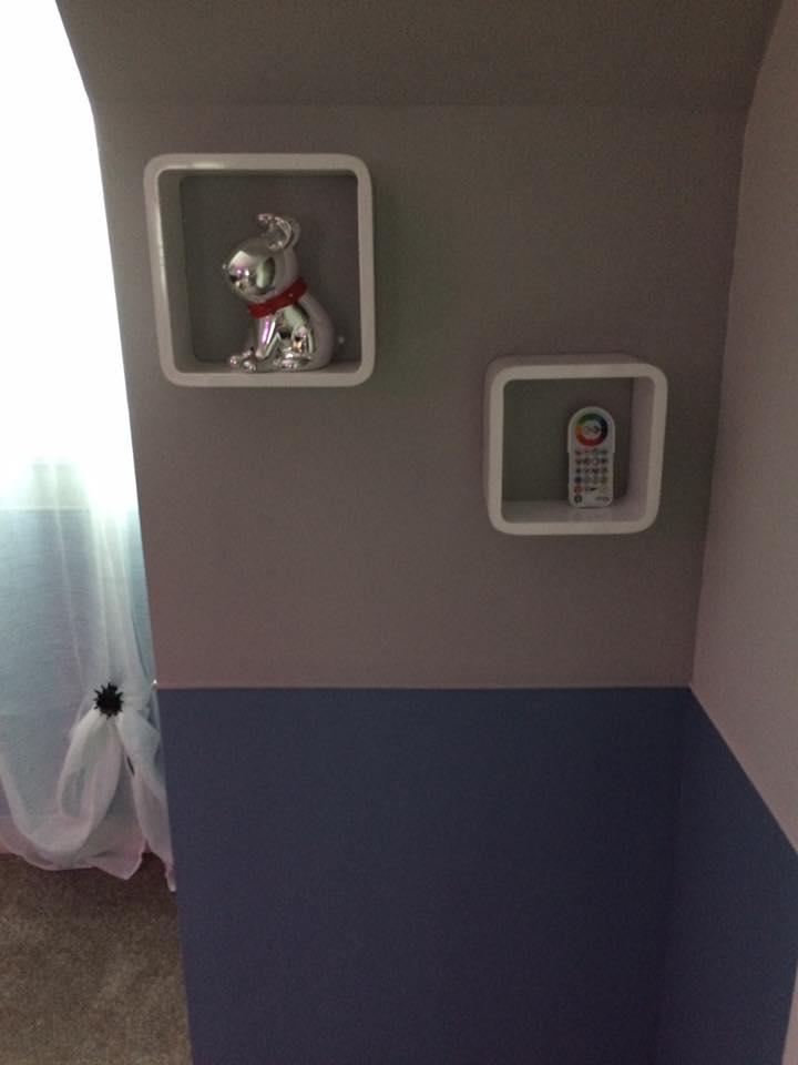 chambre mur teinté 2 couleurs
